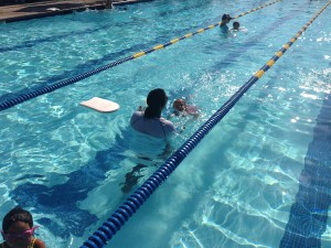 Avery swam on her own...then got scared!